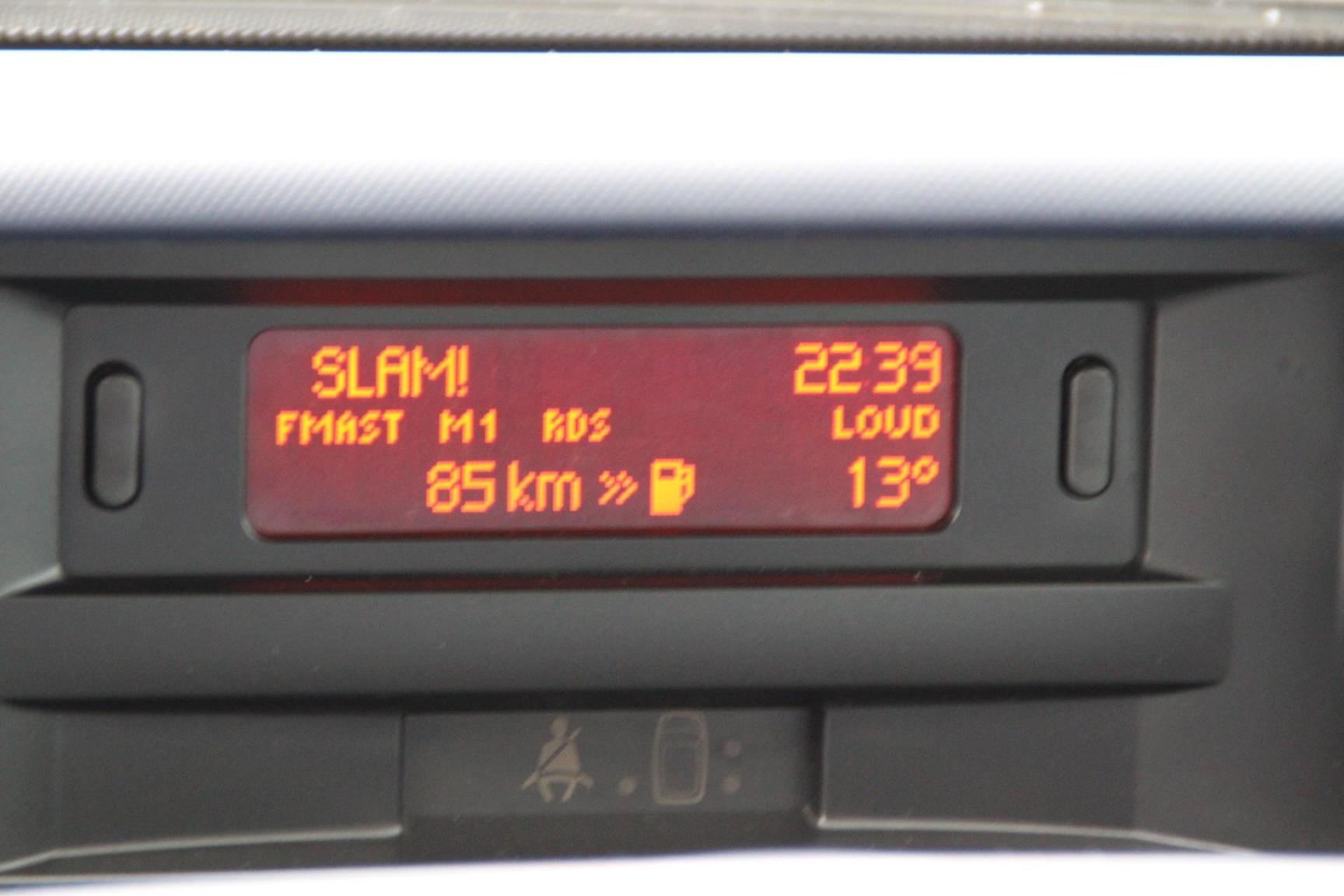 Peugeot-1007-10