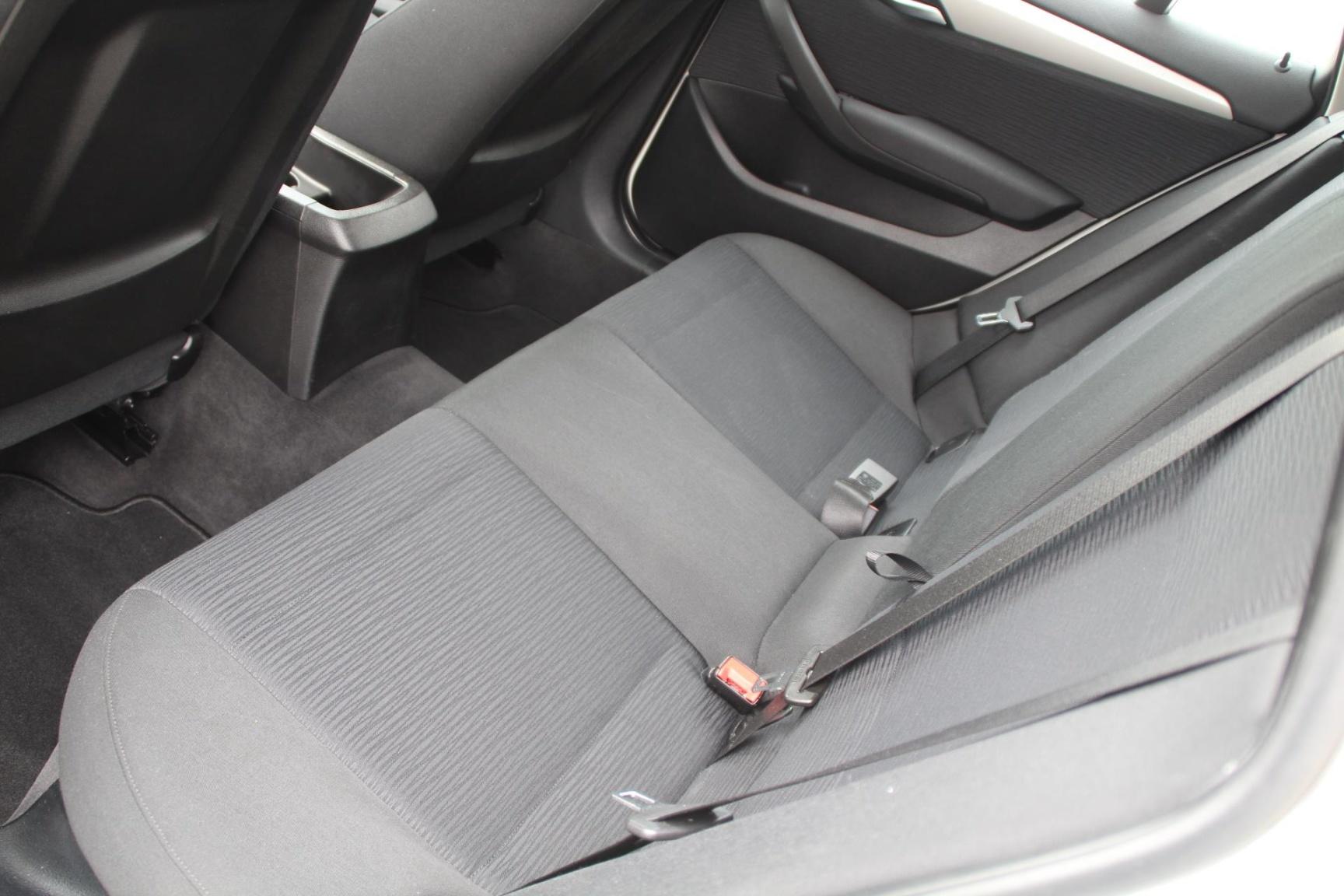 BMW-X1-8