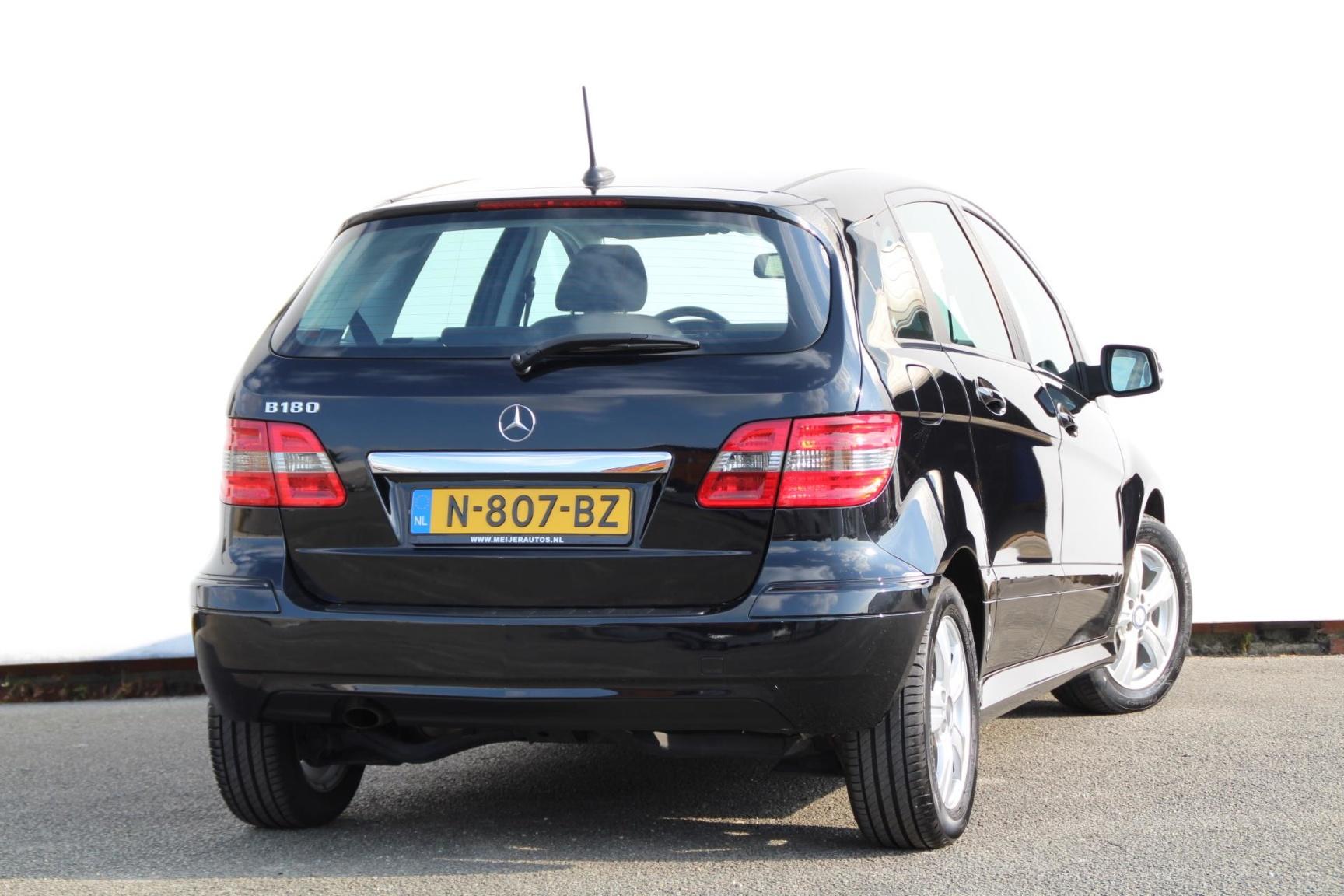 Mercedes-Benz-B-Klasse-17