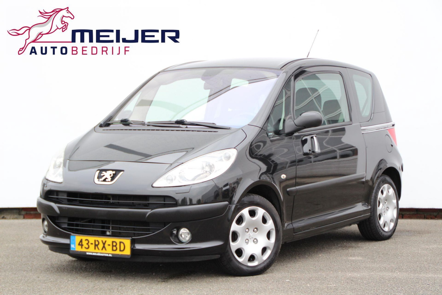 Peugeot-1007-0