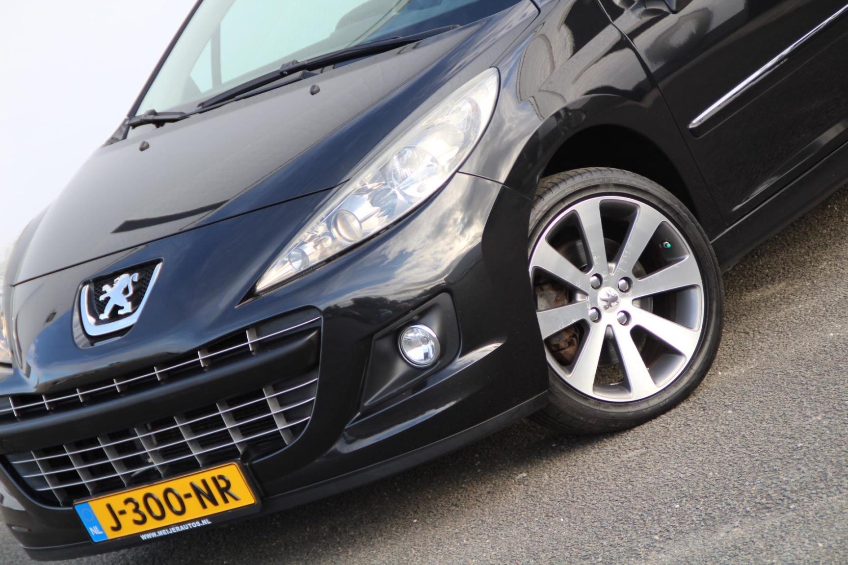 Peugeot-207-3