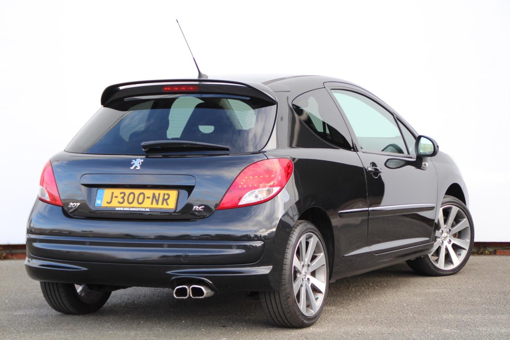 Peugeot-207-2